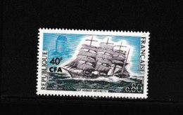 395  **    Y & T Voilier Cap Hornier Antoinette  *RÉUNION*  58/51 - Isola Di Rèunion (1852-1975)