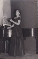 MARIA DEL CARMEN. OPERA SINGER, CHANTEUR, CANTANTE. ARGENTINA 1957. PHOTO-LILHU - Personalidades Famosas
