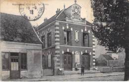 77 - VARREDDES : La Mairie - CPA Village ( 2.000 Habitants) - Seine Et Marne - Autres Communes