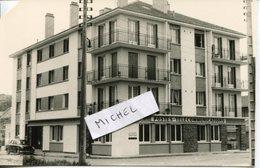 Ardennes.DONCHERY. 1971. Le Nouveau Bureau Des Postes - Foto's