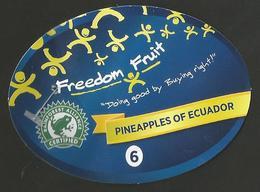 # PINEAPPLE FREEDOM FRUIT ECUADOR Size 6 (Type 2) Fruit Tag Balise Etiqueta Anhanger Ananas Pina - Fruits & Vegetables