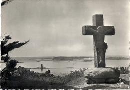 CPM Ile De Batz Vieille Croix Du IXe Siècle - Ile-de-Batz