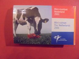 PAYS-BAS MINI-SET FDC 2001 - Pays-Bas