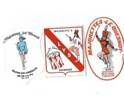3 Auto-collants Concernant  Les Majorettes-rare-3 Groupes Différent - Autocollants