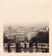 PHOTO ORIGINALE 39 / 45 WW2 WEHRMACHT FRANCE PARIS SCÈNE DE VIE A MONTMARTRE - Guerre, Militaire