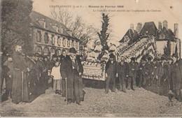 35 Châteauneuf Mission De 1909 Défilé Devant Le Château -04a - Autres Communes