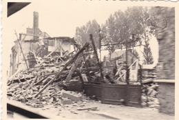 PHOTO ORIGINALE 39 / 45 WW2 WEHRMACHT FRANCE SAINT CLAIR LES RUINES - War, Military