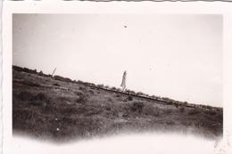 PHOTO ORIGINALE 39 / 45 WW2 WEHRMACHT FRANCE DOUAUMONT VUE SUR L OSSUAIRE - Guerra, Militares