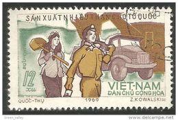 930 Vietnam Coal Miners Mineurs Charbon Mines Mining (VIE-268) - Minerals