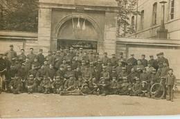CARTE PHOTO : 7e SECTION DE COMMIS D'OUVRIERS MILITAIRES C.O.A. 25 DOUBS SOLDATS MILITAIRE GUERRE - War 1914-18