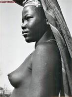 BELLE PHOTOGRAPHIE ORIGINALE FEMME AFRICAINE SEINS NU EROTICISM EROTICA NAKED WOMAN NU ETHNIQUE AFRICA - Afrique Du Sud, Est, Ouest