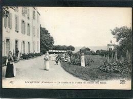 CPA - LOCQUIREC - Le Jardin Et Le Fortin De L'Hôtel Des Bains, Animé - Locquirec