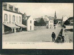 CPA - LOCQUIREC - La Place Du Port, Animé - Locquirec