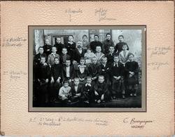 Grand Tirage Photo Albuminé Original Cartonné - Scolaire - Photo De Classe De 1893 Par C. Bourguignon à Mazamet - Anciennes (Av. 1900)