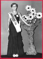 PHOTO  -  FEMME - GIRL - WOMAN - MISS LA RAGAZZA DELLA PUBBLICITA' 1976 - LIMONE SUL GARDA  -  PHOTO CM. 12,5X17,5 - Pin-ups