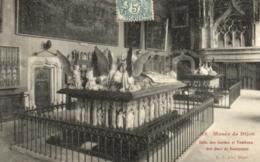 D 3358 - Musée De Dijon    Tableau  E.Gilli   Salle Des Gardes Et Tombeau Des Ducs De Bourgogne   N° 12 - Museen