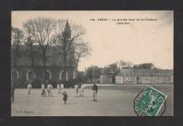 CPA. 62 . ARRAS . La Grande Cour De La Citadelle (côté Est) - Arras