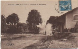 70 VAUVILLERS   La Gare Du Tramway - Gares - Avec Trains