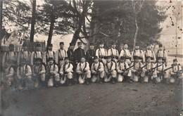 Rare Photo Carte Groupe De Soldats En Armes à Remiremont - 1914-18