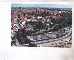 CPM DPT 67 WISSEMBOURG, , VUE AERIENNE, LA PISCINE - Wissembourg