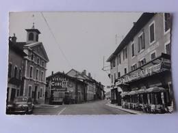 """CPSM  - COLLONGES - La Place Et L'Hôtel De Ville - Pub """"Vieille Cure"""" - Altri Comuni"""