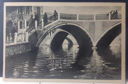 VENEZIA........I Tre Ponti.....ca.1920/30.       Ed. W. Martin - Venezia (Venice)