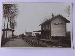 CPSM  - SAINT ANDRE De CORCY - La Gare - Gares - Avec Trains