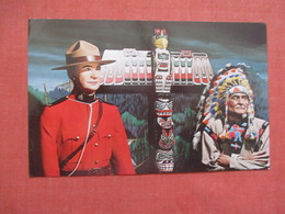 Royal Canadian Mounted Policeman & Indian >  Ref 3846 - Indiani Dell'America Del Nord