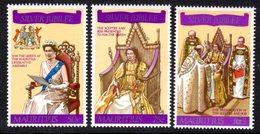 MAURITIUS - 1977 SILVER JUBILEE SET (3V) FINE MNH ** SG 516-518 - Mauritius (1968-...)