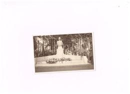 Monument érigé Dans Les Jardins Du Waux-Hall De Mons,en Mémoire De Notre Regrettée Reine Astrid. - Mons