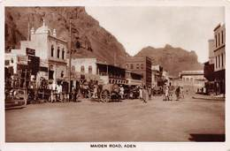 ADEN - MAIDEN ROAD ~ AN OLD REAL PHOTO POSTCARD #9P65 - Yemen