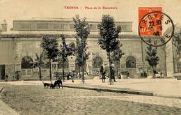 CPA - France - (10) Aube - Troyes - Place De La Bonneterie - Troyes