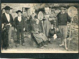 CPA - BRIGNOGAN - Pêcheurs De Crevettes De La Tour Du Pont, Très Animé - Brignogan-Plage