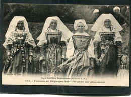 CPA - Karten Bost - Femmes De BRIGNOGAN Habillées Pour Une Procession  (dos Non Divisé) - Brignogan-Plage