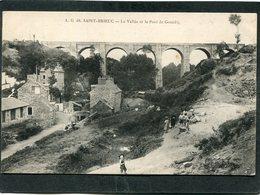 CPA - SAINT BRIEUC - La Vallée Et Le Pont Du Gouëdic, Animé - Saint-Brieuc