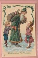 OLD  POSTCARD -   EMBOSSED - RELIEF - SANTA - ST. NICOLAS - SINTERKLAAS - CHILDREN - GREEN ROBE - Santa Claus