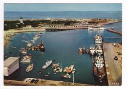 33 La Pointe De Grave Vers Soulac Sur Mer N°12 Vue Du Ciel En 1973 Le BAC Port Phare Bateau Cargo à Quai - Soulac-sur-Mer