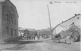 MONCEAU ..-- Une Rue Du Village . 1911 De SUGNY Vers TAVIGNY ( Mr Mathieu MATHOT ) . Voir Verso . - Bièvre