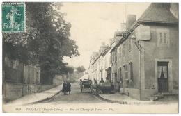 PIONSAT (63, Puy De Dôme) - Rue Du Champ De Foire - Beau Plan Animé Sur La Place - Altri Comuni