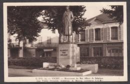 98997/ VICHY, Monument Du Roi Albert De Belgique - Vichy