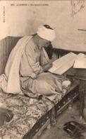 ALGERIE  SCENES ET TYPES  Un Notaire Arabe   ..... ( Ref FA1496 ) - Algérie