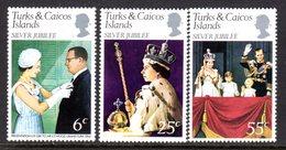 TURKS & CAICOS ISLANDS - 1977 SILVER JUBILEE SET (3V) FINE MNH ** SG 472-474 - Turks And Caicos