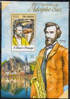 ST THOMAS ET PRINCE  BF 705 * * ( Cote 14e )  Musique Adolphe Sax Inventeur Du Saxophone - Musique