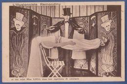 Illusionniste Magicien Ramondiny Et Miss Loria Experience De Catalepsie Decor Tete De Mort - Circo