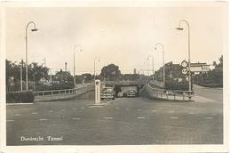 Dordrecht, Tunnel  (met Klassieke Auto) - Gorinchem
