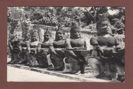 CAMBODGE - Angkor Thom - Les Asuras Du Gopura Sud - Cambodge