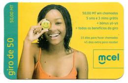 MOZAMBIQUE RECHARGE MCEL 50 000 Mt Année 2010 - Mozambico