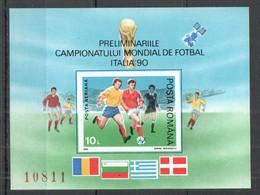 RM006 !!! IMPERFORATE 1990 ROMANIA SPORT FOOTBALL WORLD CUP ITALY 90 BL260 MICHEL 15 EURO MNH - Wereldkampioenschap