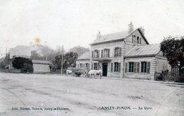 Anizy-Pinon. La Gare. (Boeufs Devant La Gare) - France