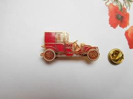 Superbe Pin's En EGF , Auto , Voiture Ancienne , Renault Type CQ 1912 , Signé Segalen Collection - Renault